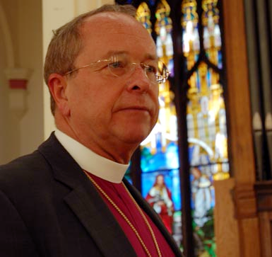 bishop_gene_robinson_portrait_2005