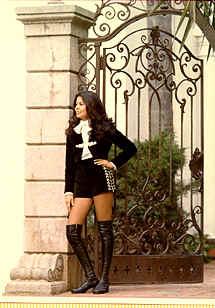 mariachi-hot-pants-rebecca-gonzales-19751