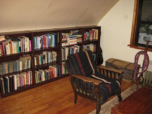 bookshelves after 500px