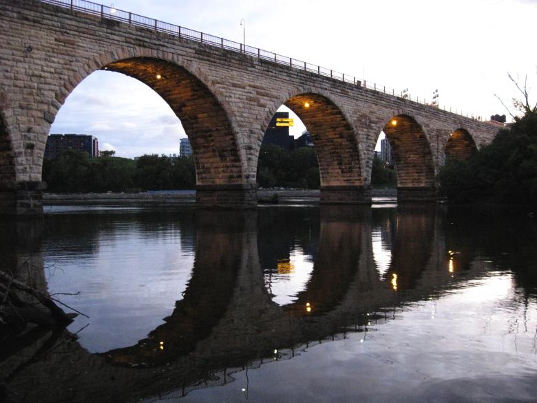 3 stone bridge