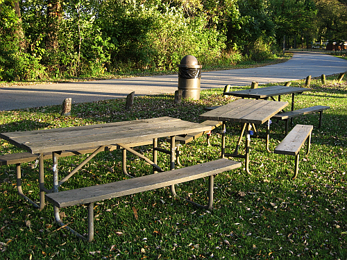 walk picnic tables